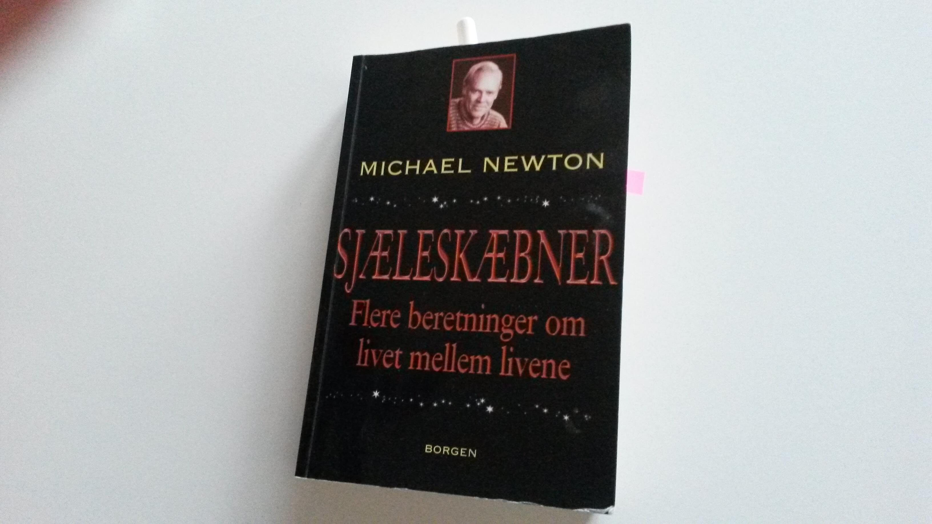 Sjælerejser og sjæleskæbner er skrevet på baggrund af Michael Newtons egne oplevelser med klienter